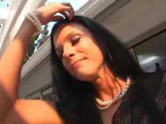 Real estate agent India Summer sucks big dick