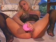 Nympho Honey Vega Vixen Stuffing A Rubwager Dongie In This Chabr Soaked Cookie
