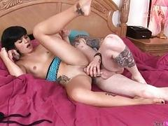Short haired dark brown honey acquires nailed by tattooed stud in bedroom