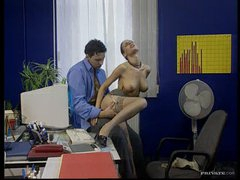Hawt Dark brown Secretary Fucks Her Boss In The Office